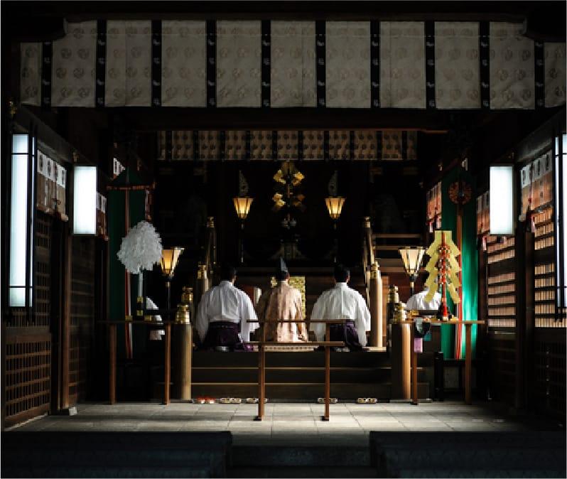 宿泊者限定 夜間貸切の正式参拝   【公式】ホテル カルティア 太宰府 ...
